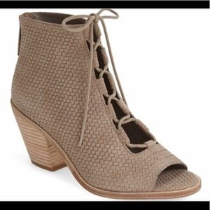 Eileen Fisher SLEW OPEN TOE LACE UP BOOTIE
